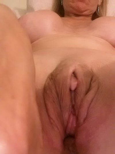 mature and young gay tubes