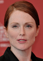 Julianne Moore get rid of freckles